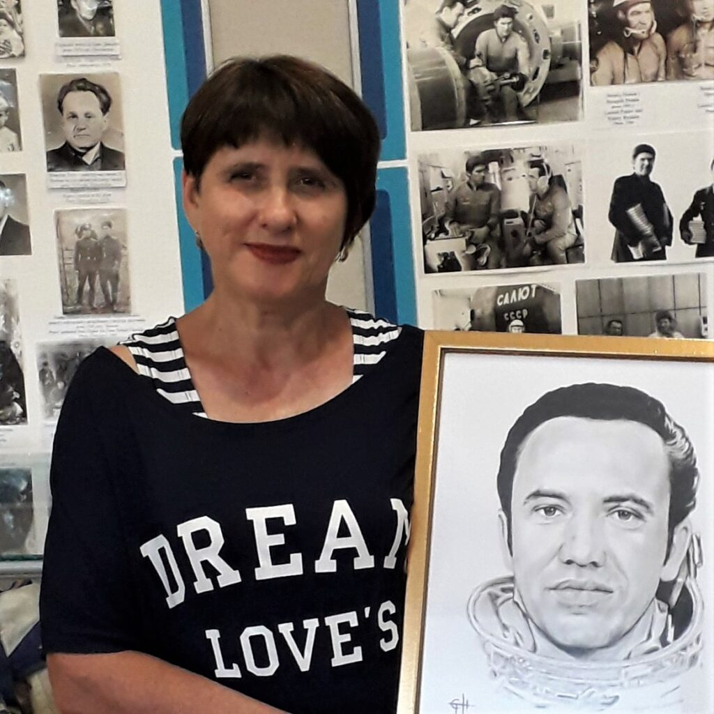 Олександрійка подарувала портрет Оксані Білозір