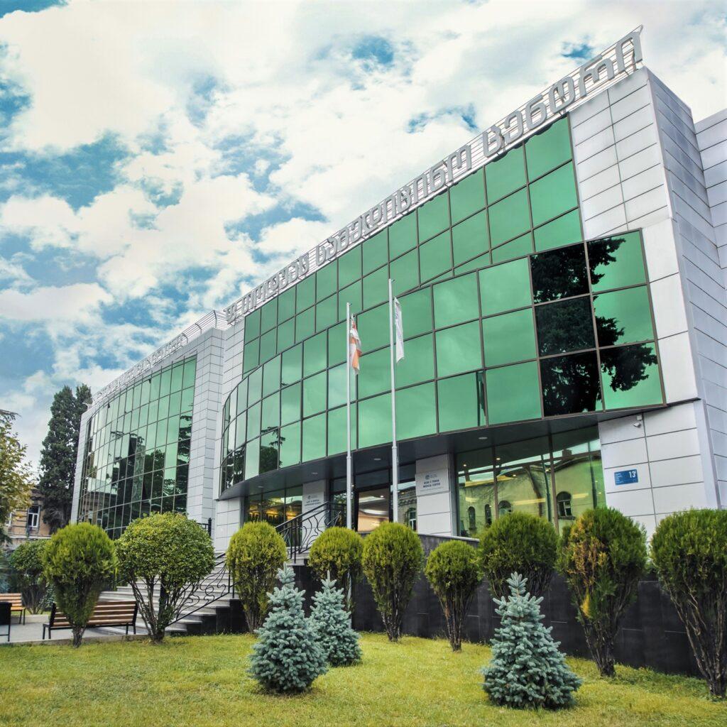 Александрийцев приглашают пройти Check-up в Институте клинической медицины в Тбилиси